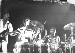avec Manu Dibango au Chapiteau de Pantin, Michel Alibo, Micho Dinn